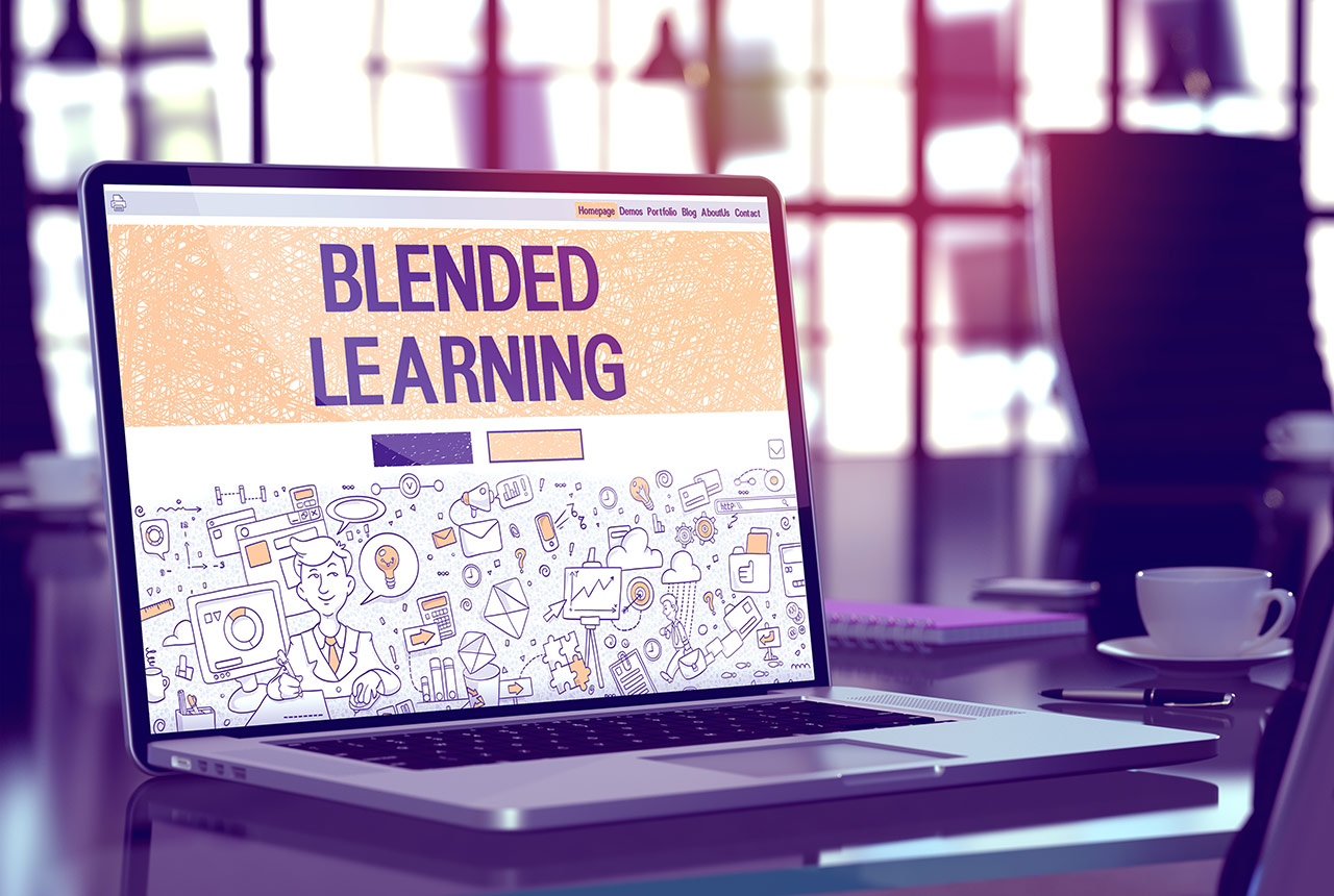Blended Online Learning